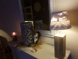 Lithophane lamp shade banner